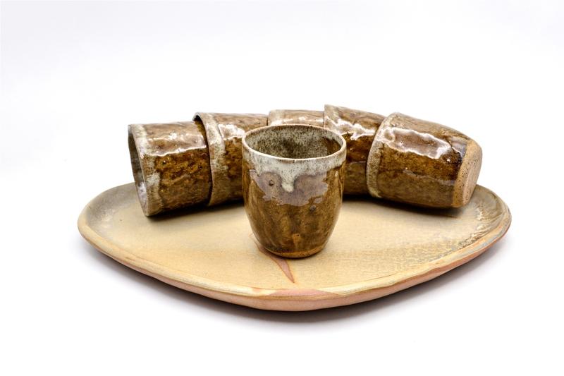 Bandeja y 6 vasos cerámica raku