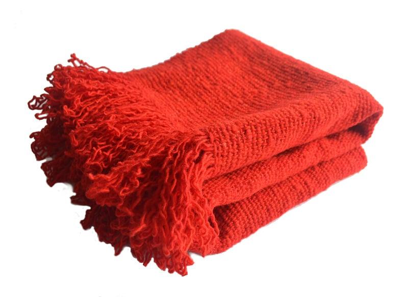 Chal lana color rojo fuego