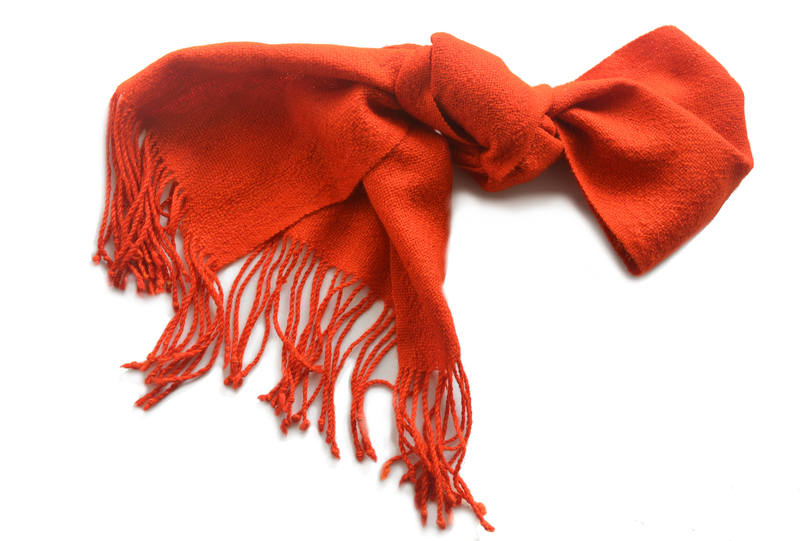 Bufanda en alpaca color rojo fuego