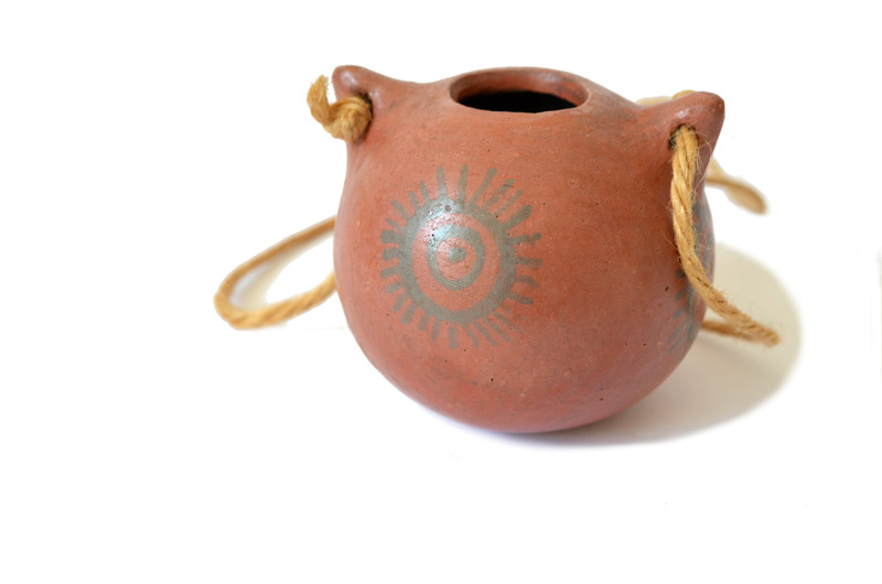 Pequeña cantimplora de cerámica