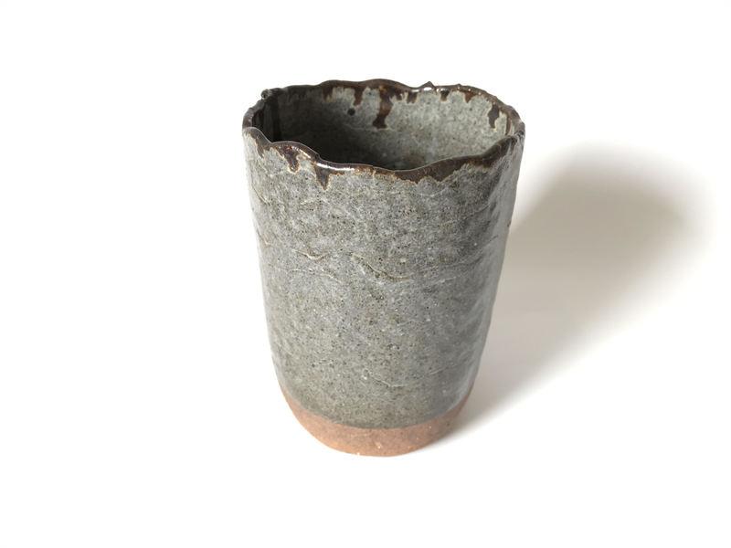 Vasija o florero gris, colección