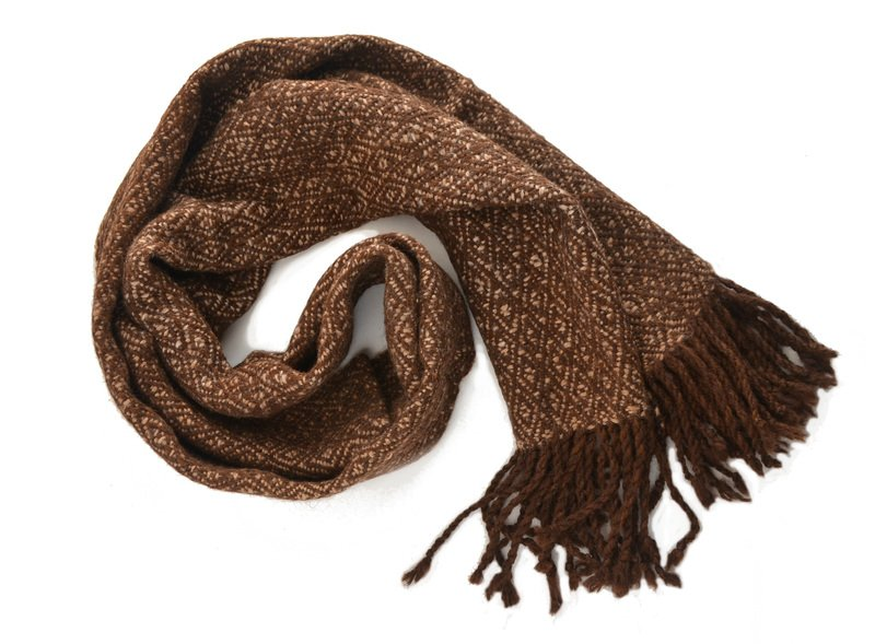 Bufanda gruesa en alpaca diseño rombos moro y beige