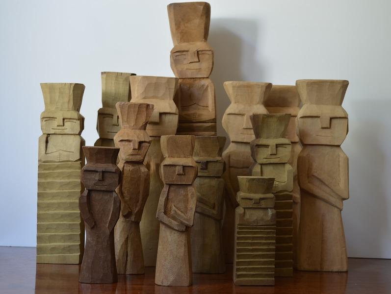 Rehue, mediano, figura sagrada Mapuche