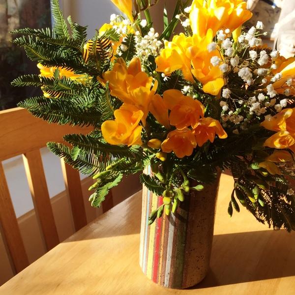 Jarrón o florero grande con esmalte líneas