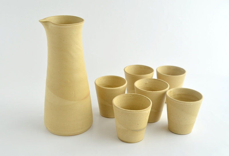 Juego de pisco sour jarra y 6 vasos - Beige