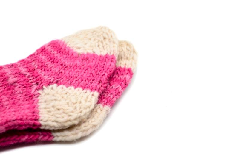 Par de calcetines niños en lana natural - Fucsia y blanco