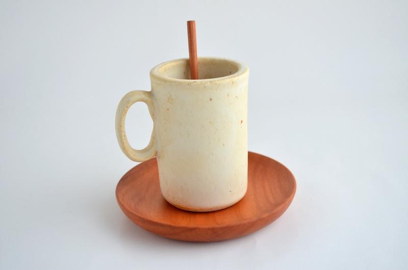 Set tacita en cerámica gres marfil y plato de rauí