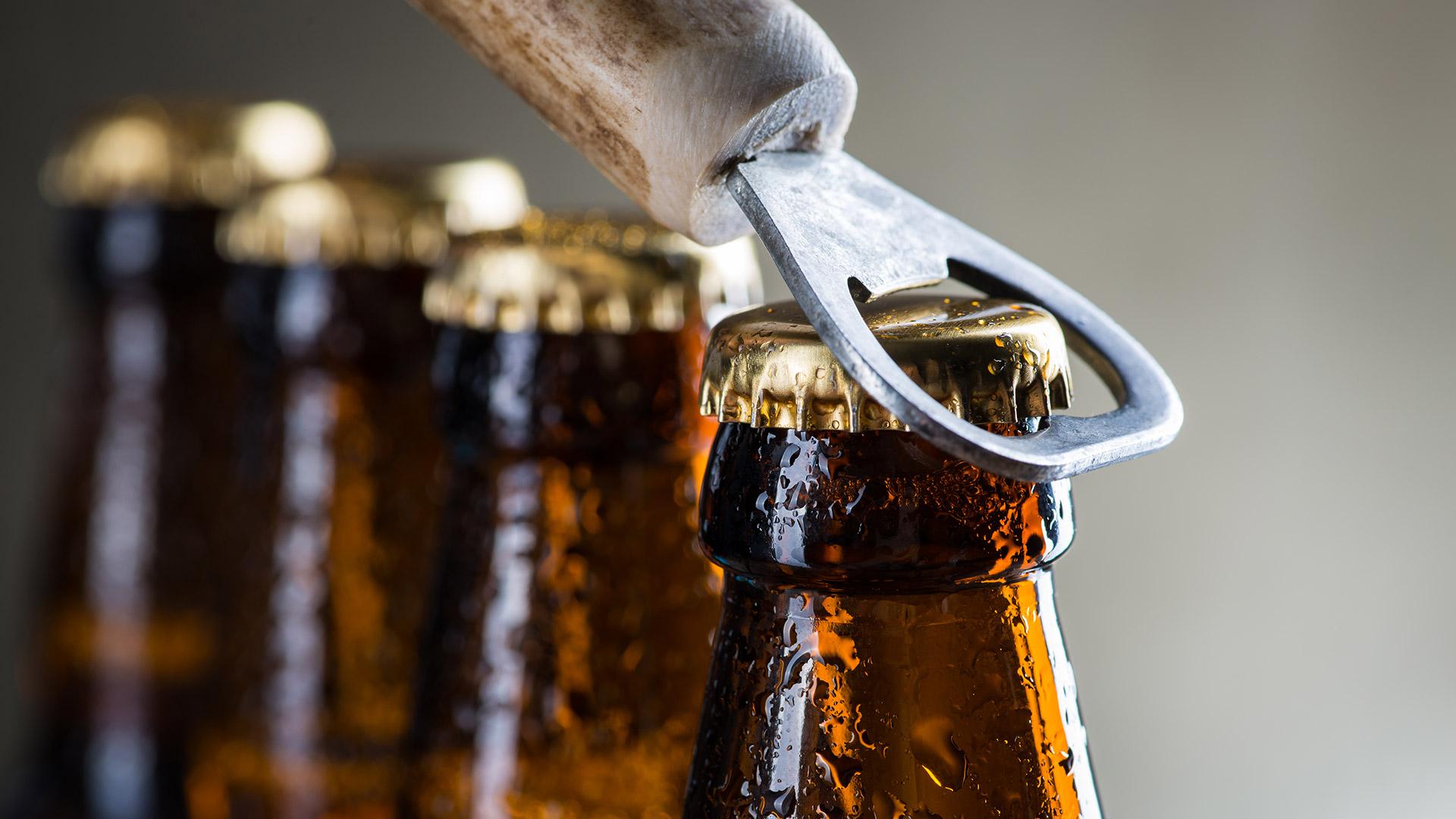 Algún Problema? viva el presente, Solución temporal acá Cerveza!