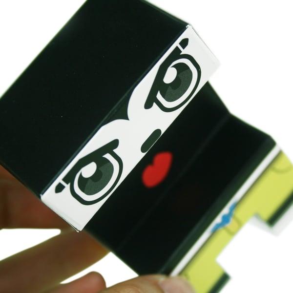 paper-toys-proyecto-ensamble-serie-1-original-acercamiento.jpg