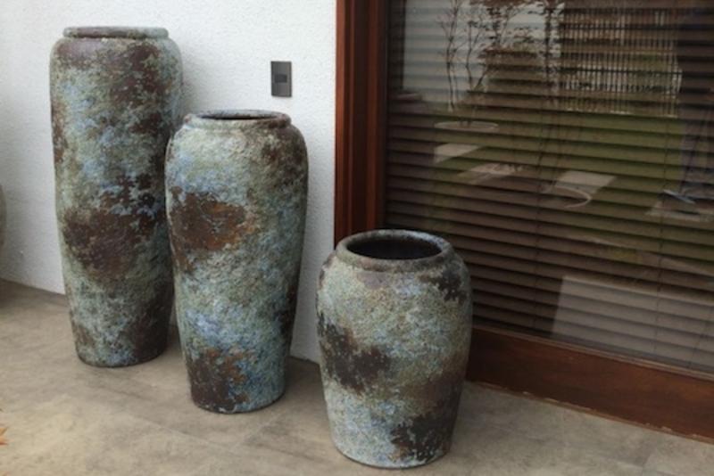 Juego de jarrones decorativos de cer mica terrazachic for Jarrones decorativos grandes