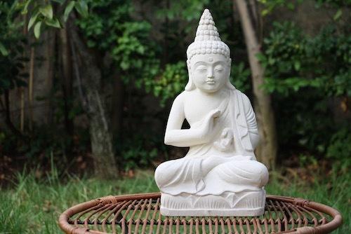 Escultura de Buda grande