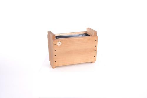 Macetero autoregante de madera alagado Lemu