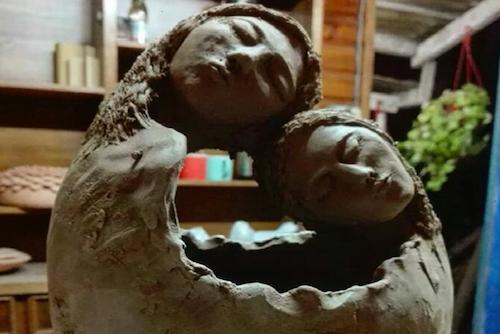 Macetero de cerámica de gres de dos personas