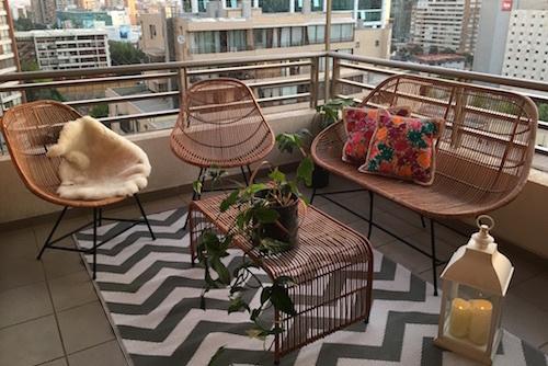 Terraza lista con juego Picaflor y alfombra de 150 x 240 cm