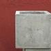 Macetero de concreto cuadrado de 40 x 40 cm