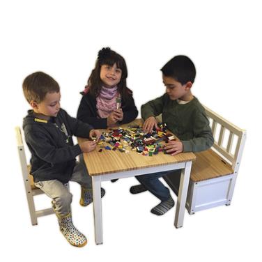 Juego mesa, 2 sillas y banca-baúl