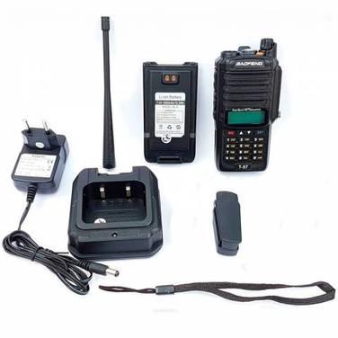 Baofeng T-57 VHF UHF Dual Band Impermeable