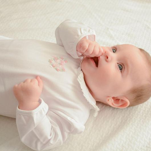 Enterito niña corazón ML bordado a mano Lucky Baby