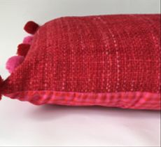Cojín en lana y algodón, rojo y fucsia