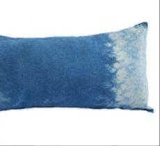 Cojín rectangular teñido con índigo