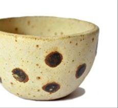 Pocillo de cerámica gres - Marfil con lunares dobles