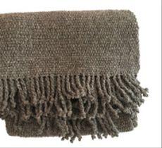 Chal o piecera tejida a telar en lana gris 100% natural