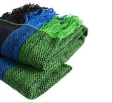 Chal tejido a telar con anchas franjas de colores
