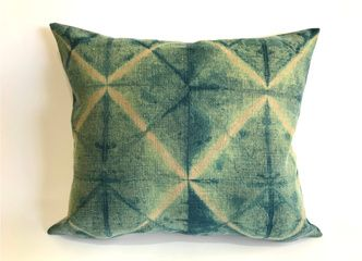 Cojines rústicos teñidos a mano en lino 100% natural para renovar tu casa esta primavera