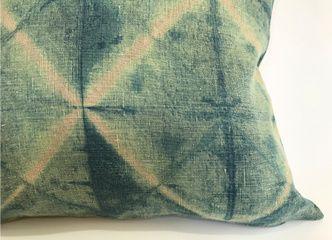 Revisa aquí nuestra nueva colección de cojines rústicos teñidos a mano en lino 100% natural