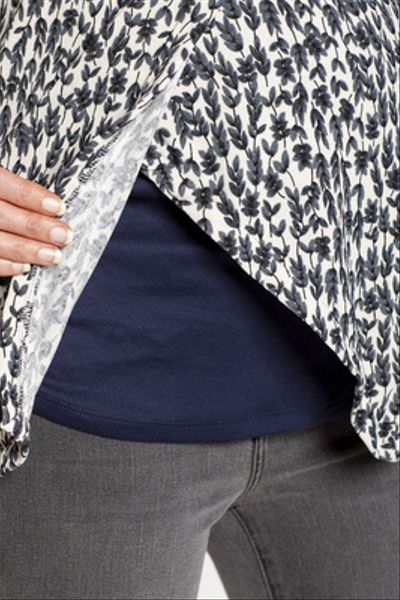 Sweater Lactancia Capa Puntas Florcitas Fondo Crudo