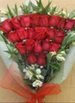 Ramo 21 Rosas Esmoquin