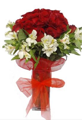 Florero 25 y 50 rosas.png