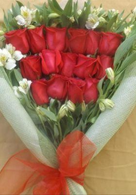 Ramo 15 Rosas Esmoquin