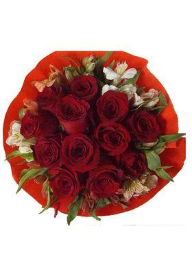 Ramo 12 Rosas Crepe