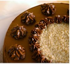 Torta German Chocolate Cake - Nuez y Coco