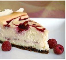 Cheesecake Chocolate Blanco y Salsa de Frutas