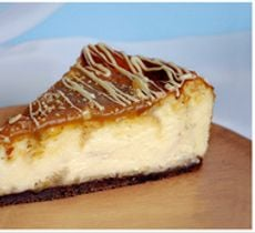 Cheesecake Chocolate Blanco con Toffee y Almendras