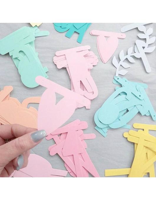 Guirnalda de letras DIY pasteles