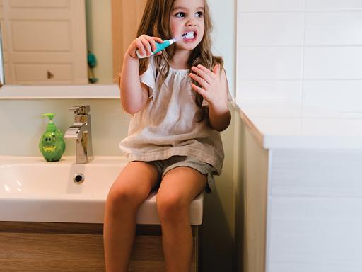 Cepillo de dientes a batería Sönik
