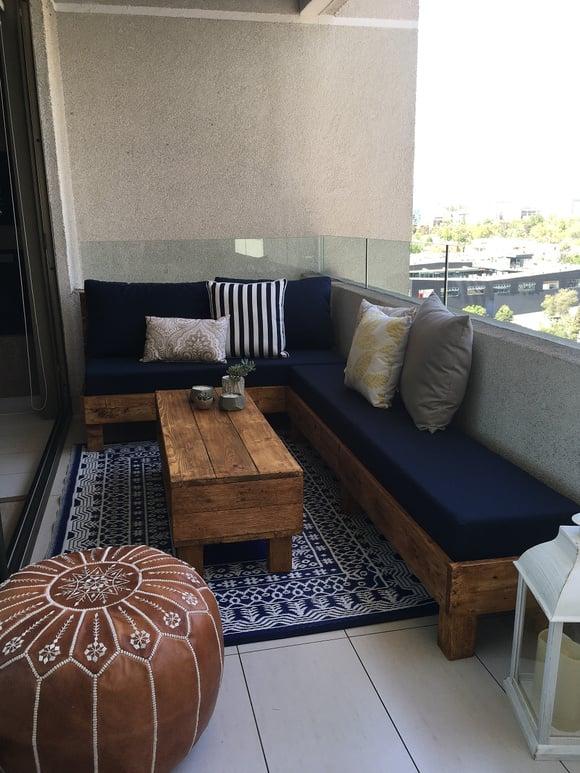 Terraza de 140 cm de ancho: Sofá cómodo + sofá sin respaldo