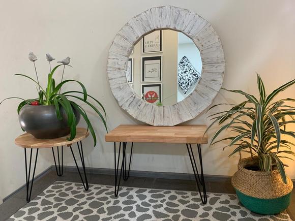 Espejo con marco de madera de pallets