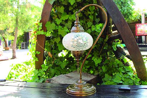 Lámpara turca de mesa cisne M - lampara turca de mesa grande.jpg