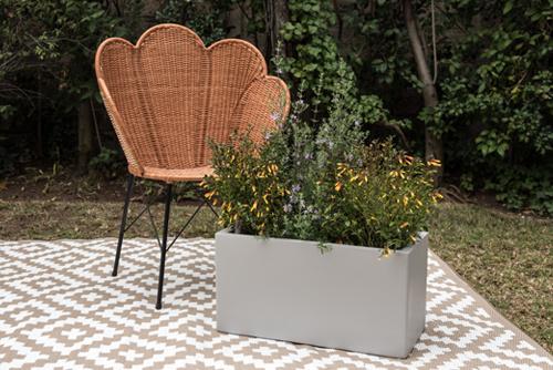 Jardinera autorregante modelo Frankfurt - Macetero autoregante color gris cemento .jpg