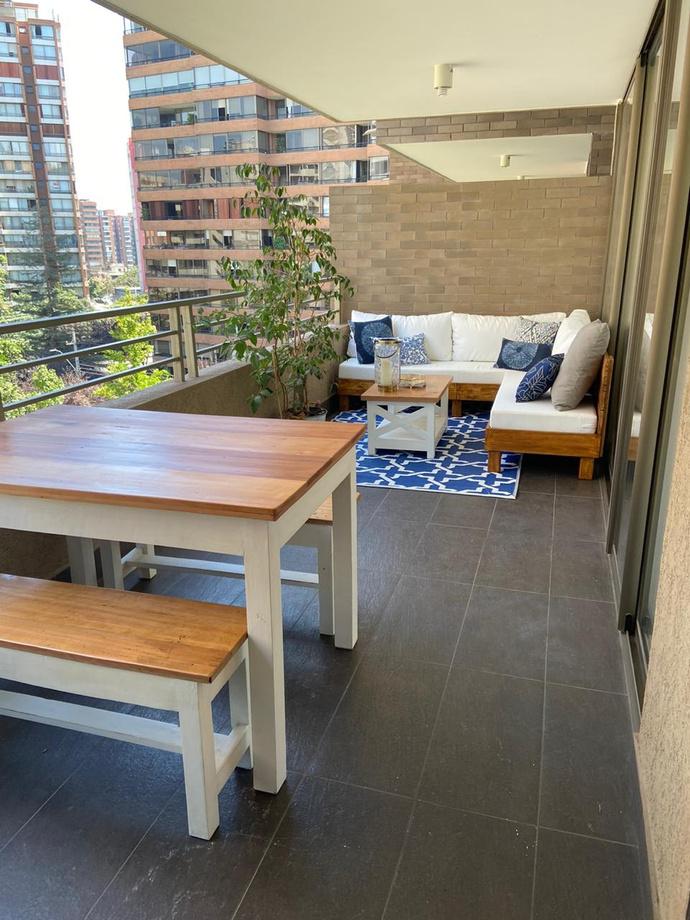 Sofá en L de 200 por 200 cm + comedor para 4 personas - terraza con sofa en L y comedor para 4 personas 1.jpg