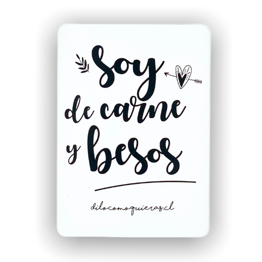 SOY DE CARNE Y BESOS