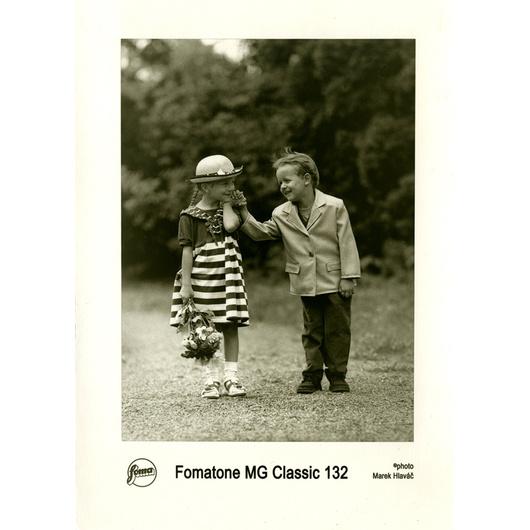 FOMATONE MG CLAS 132 40x50 CM/10 hojas
