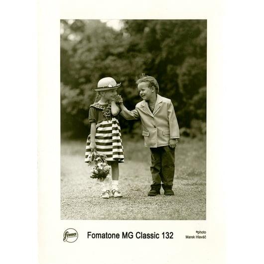 FOMATONE MG CLAS 132 20x25 CM/25 hojas