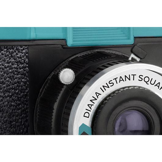 Diana Instant Square Clásica c/Flash