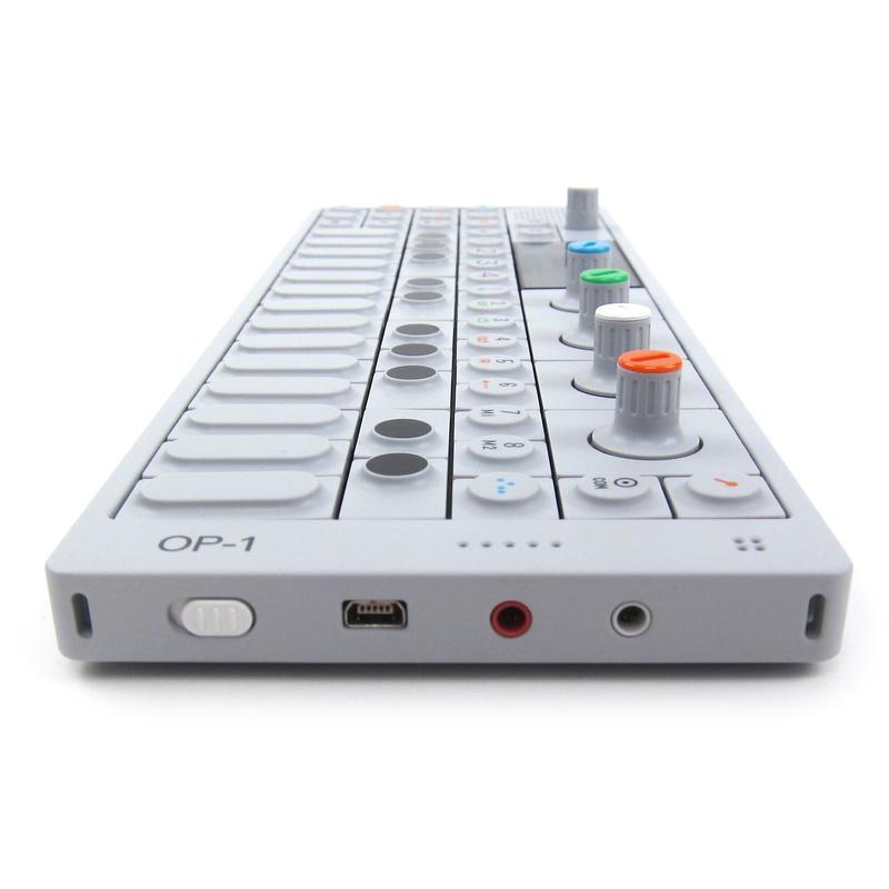 Sintetizador Portátil OP-1