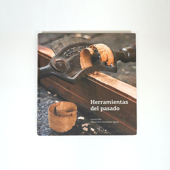 Herramientas del pasado - Libro Foto 02.jpg